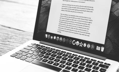 Como é ser escritor no Brasil?