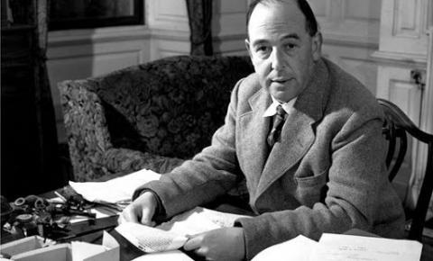 """C.S. Lewis: mais que o simples autor de """"As crônicas de Nárnia"""""""