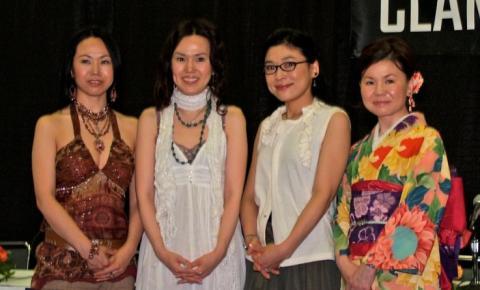 Quatro mulheres e uma história de sucesso: conheça o grupo Clamp!