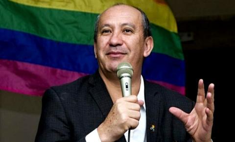 """""""Extremamente contraditória"""", diz Toni Reis sobre a decisão do Vaticano em não abençoar uniões homoafetivas"""