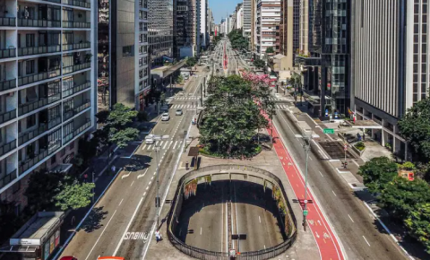 Antecipação de feriados em São Paulo: atitude para estimular o isolamento social