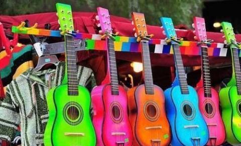 """""""Queernejo"""": a representatividade na música sertaneja"""
