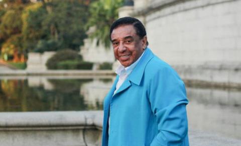Agnaldo Timóteo: a voz brega mais romântica do Brasil