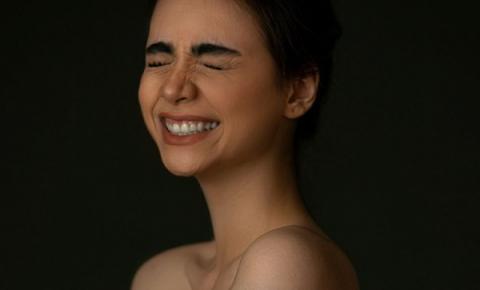Todo sorriso significa felicidade?