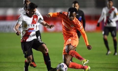 Internacional estreia na Libertadores com derrota para o Always Ready
