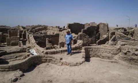 No Egito, arqueólogos descobrem cidade antiga com 3 mil anos