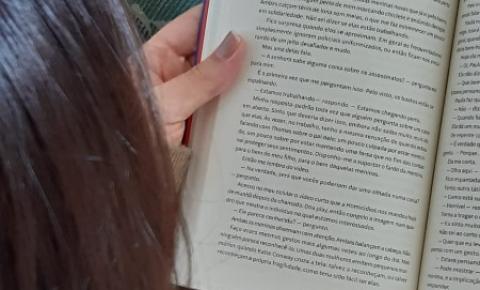 Pandemia acentua procura por clubes de leitura online