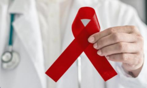 Maio Vermelho | Mês de conscientização do câncer de boca