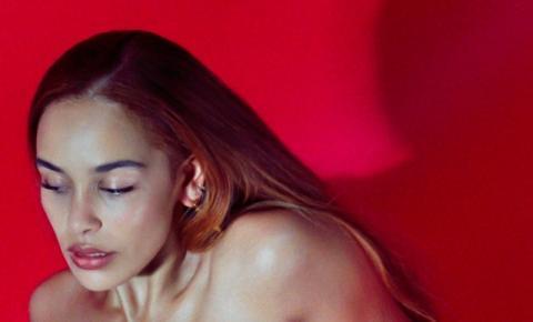 Be Right Back: o mais recente trabalho da cantora Jorja Smith
