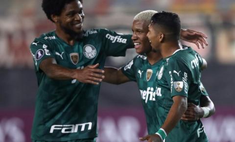 Palmeiras e Universitário se enfrentam pela última rodada da fase de grupos da Libertadores
