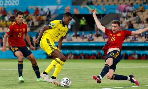 Alto número de passes da Espanha não evita empate com a Suécia