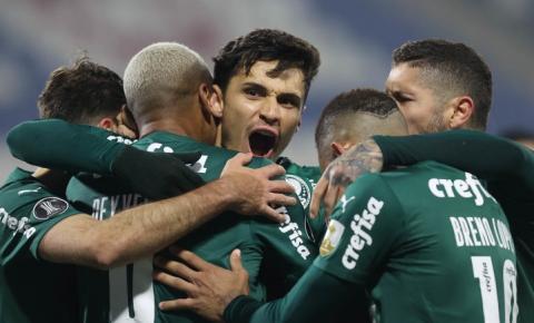 Em vantagem, Palmeiras busca confirmar  vaga na próxima fase da Libertadores