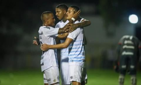 Em Salvador, Grêmio domina e vence o Vitória pela Copa do Brasil