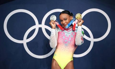 """Conheça a campeã olímpica, Rebeca Andrade, a """"Daianinha de Guarulhos"""""""