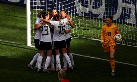 Alemanha vence Espanha e lidera Grupo B da Copa do Mundo Feminina