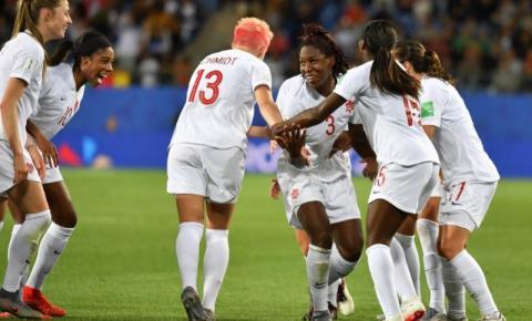 Canadá vence Camarões e garante vitória tranquila na estreia da Copa do Mundo Feminina