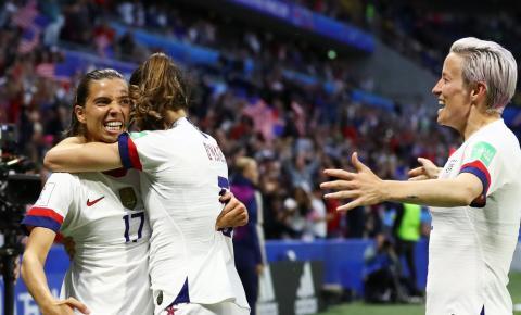 Estados Unidos vence Suécia e mantém 100% de aproveitamento na Copa do Mundo