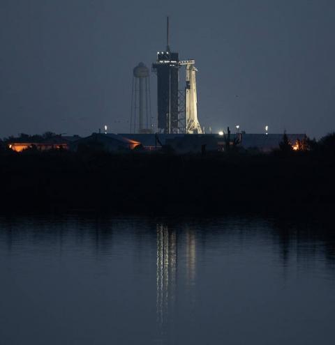 SpaceX leva astronautas ao espaço depois de nove anos
