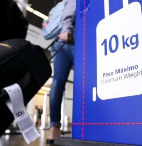 Passagens aéreas apresentam preços abusivos