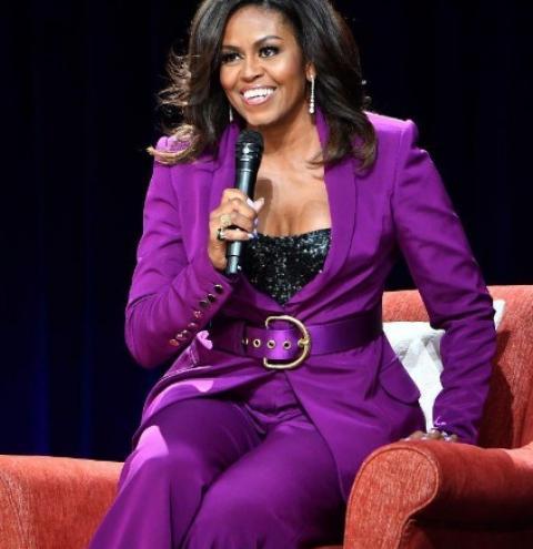 Elegância e autenticidade fazem parte dos looks escolhidos por Michelle Obama